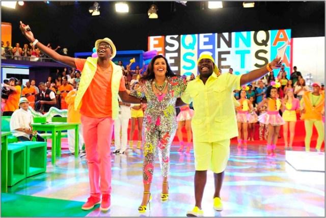 Regina Casé apresenta o Esquenta! ao lado de Mumuzinho, Douglas Silva