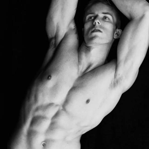 Aaron Thornton - 08