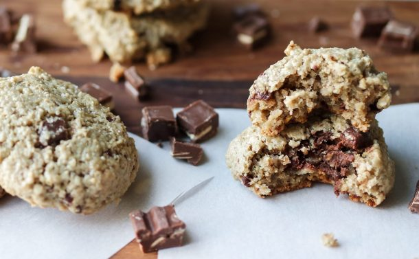 Chocolate Chip Off The Ol' Sunflower: Sunflower Seed Chocolate Chip Cookies