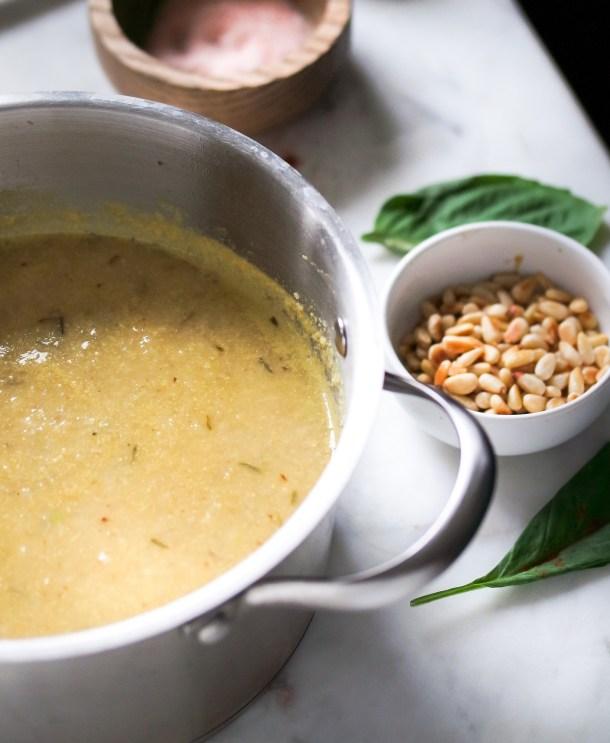 Roasted Cauliflower Garlic Soup w Fresh Thyme-0593