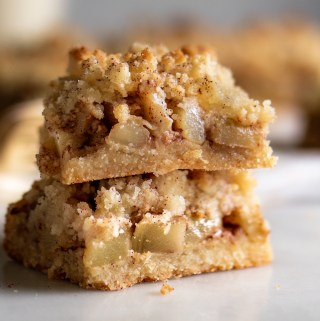 Keto Apple Crumble Bars