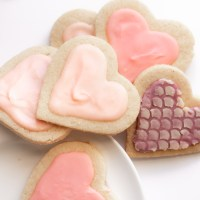 Easy Iced Sugar Cookies! {Gluten Free & Low Carb}
