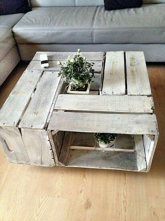 table basse fait maison avec des caisses en bois idee n 1