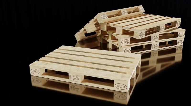 Pallets Wooden Pallets Transport  - MasterTux / Pixabay