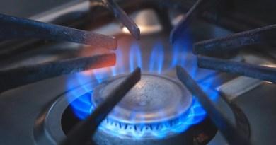 Stove Burner Flame Fire Blue Flame  - Maklay62 / Pixabay