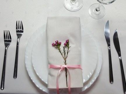 Dekoracje weselne stołu