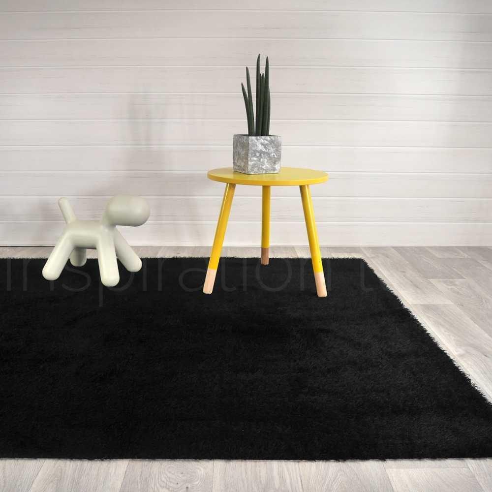 tapis noir de cuisine sur mesure