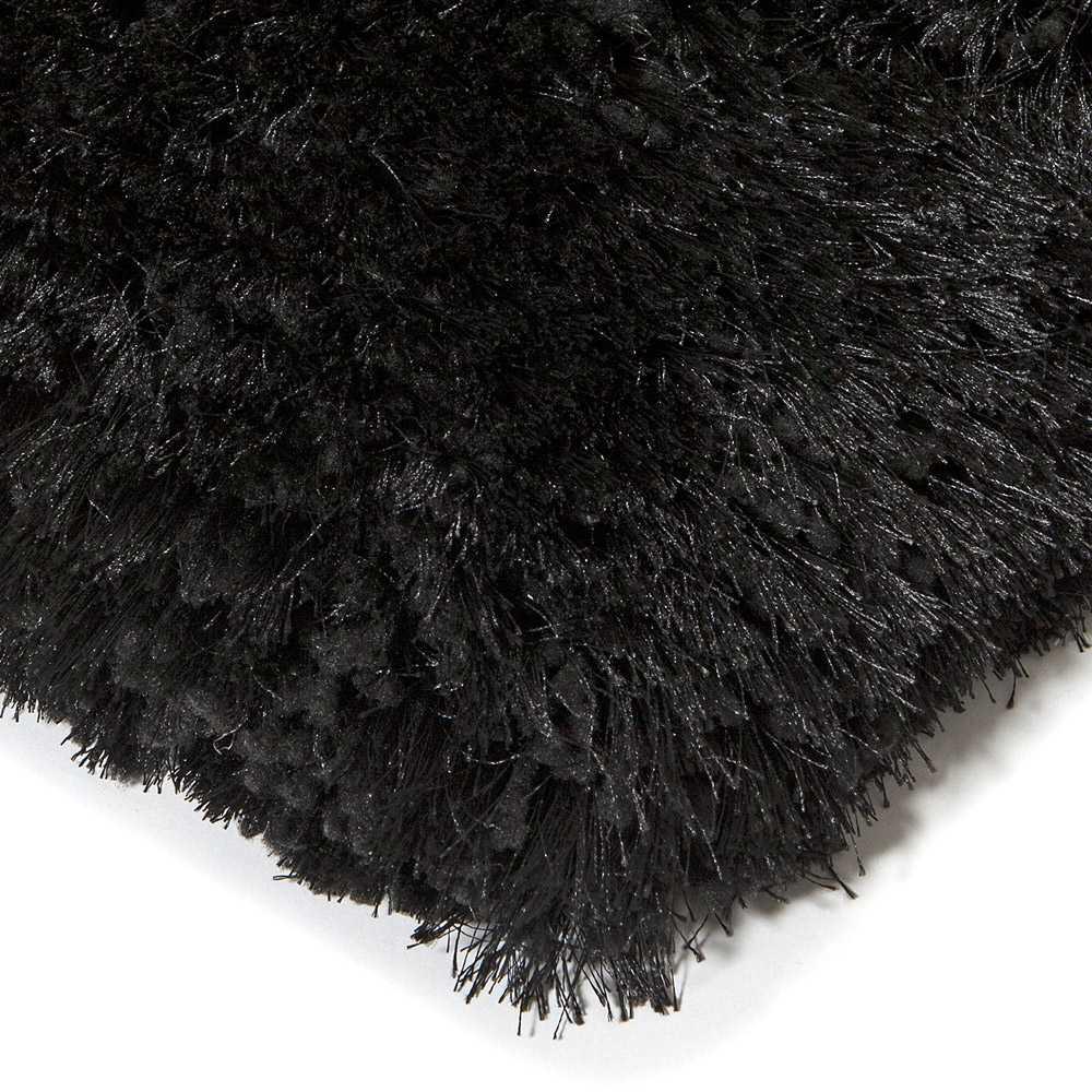 tapis moderne noir uni shaggy adore par ligne pure
