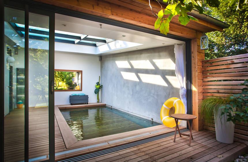 Covered and Enclosed Outdoor Living Spaces | DIY Motive on Enclosed Outdoor Living Spaces  id=99277