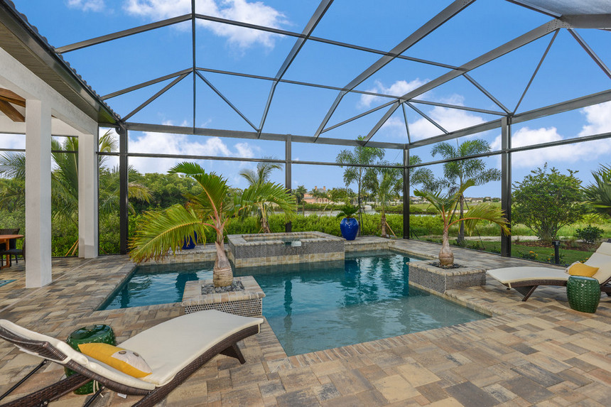 Covered and Enclosed Outdoor Living Spaces | DIY Motive on Enclosed Outdoor Living Spaces  id=16914
