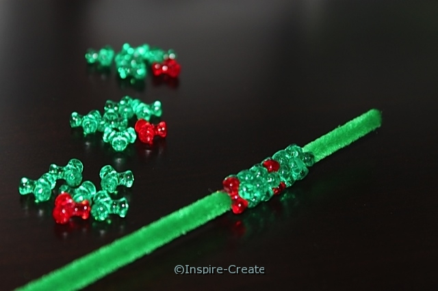 Wreath Ornament Bead Kit (Makes 72)*