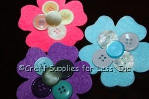 Felt flower pins with buttons
