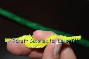 hold bump chenille in fingers to make loop