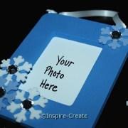 Easy Snowflakes Frames with Craft Foam. Perfect for a frozen party.