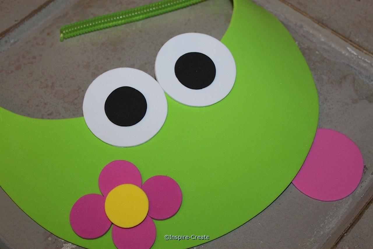 frog visors add flower
