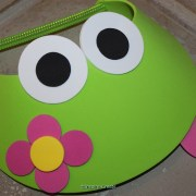 how to make frog visors with flowers