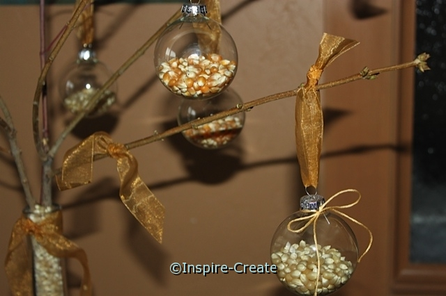 Hanging Popcorn Ornaments for Fall!