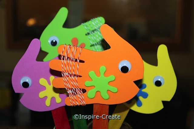 Easy to Make Fish Stick Puppets with Craft Foam