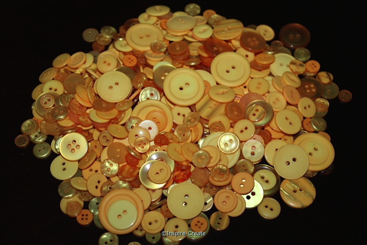 Goldenrod Craft Buttons (1/2 lb)*