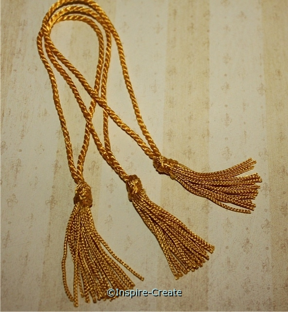 Flag Gold Chainette Bookmark Tassels (50)*