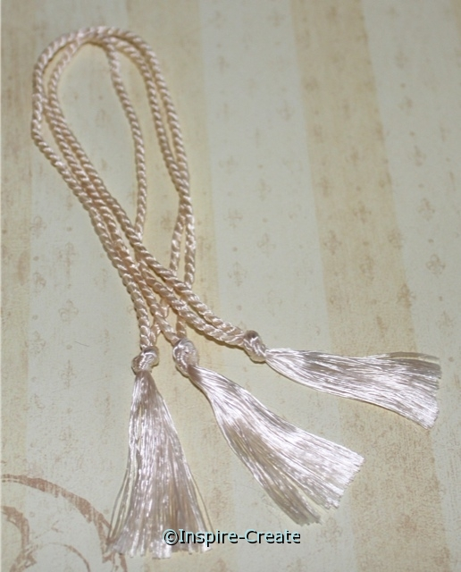 Bookmark Tassels Natural (50)*