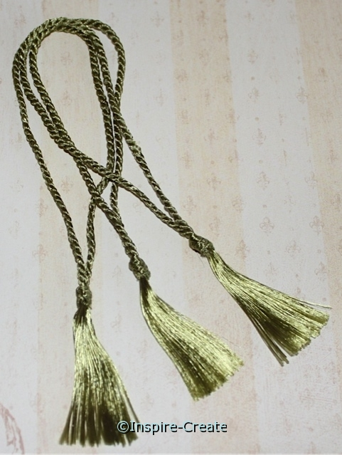 Bookmark Tassels Olive Green (50)*