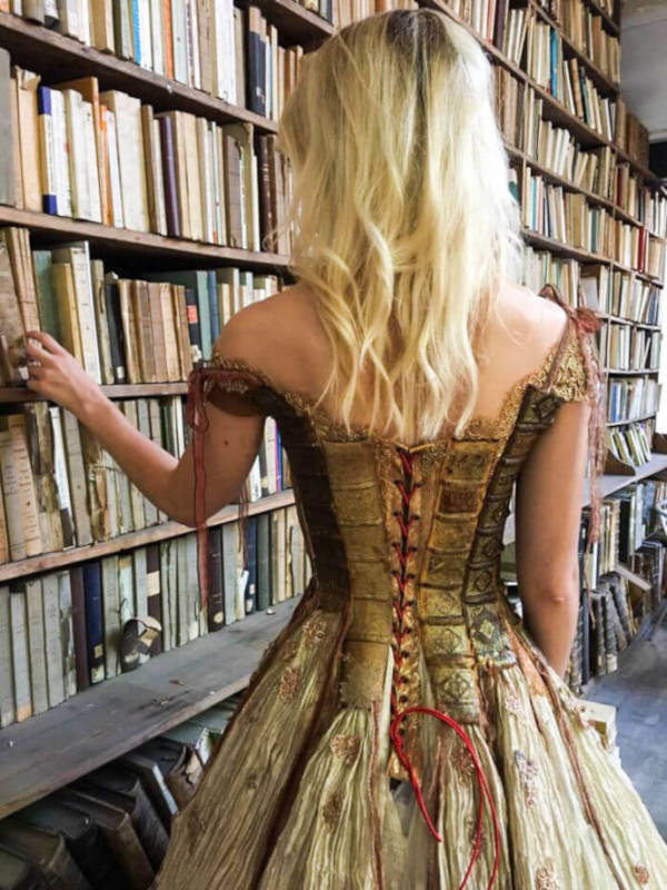 French Designer Creates Unique Dresses From The Spines of Books - 4