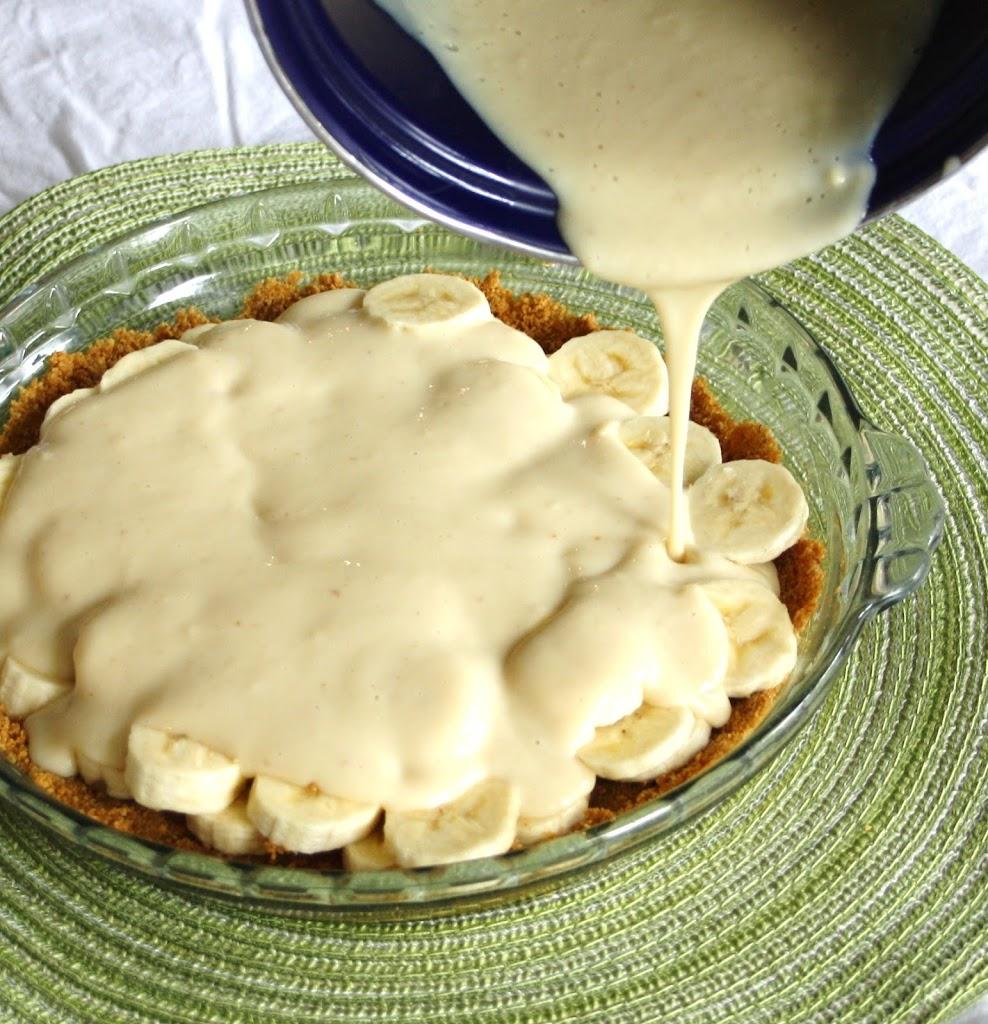 Vanilla Infused Banana Cream Pie With A Whole Grain Graham