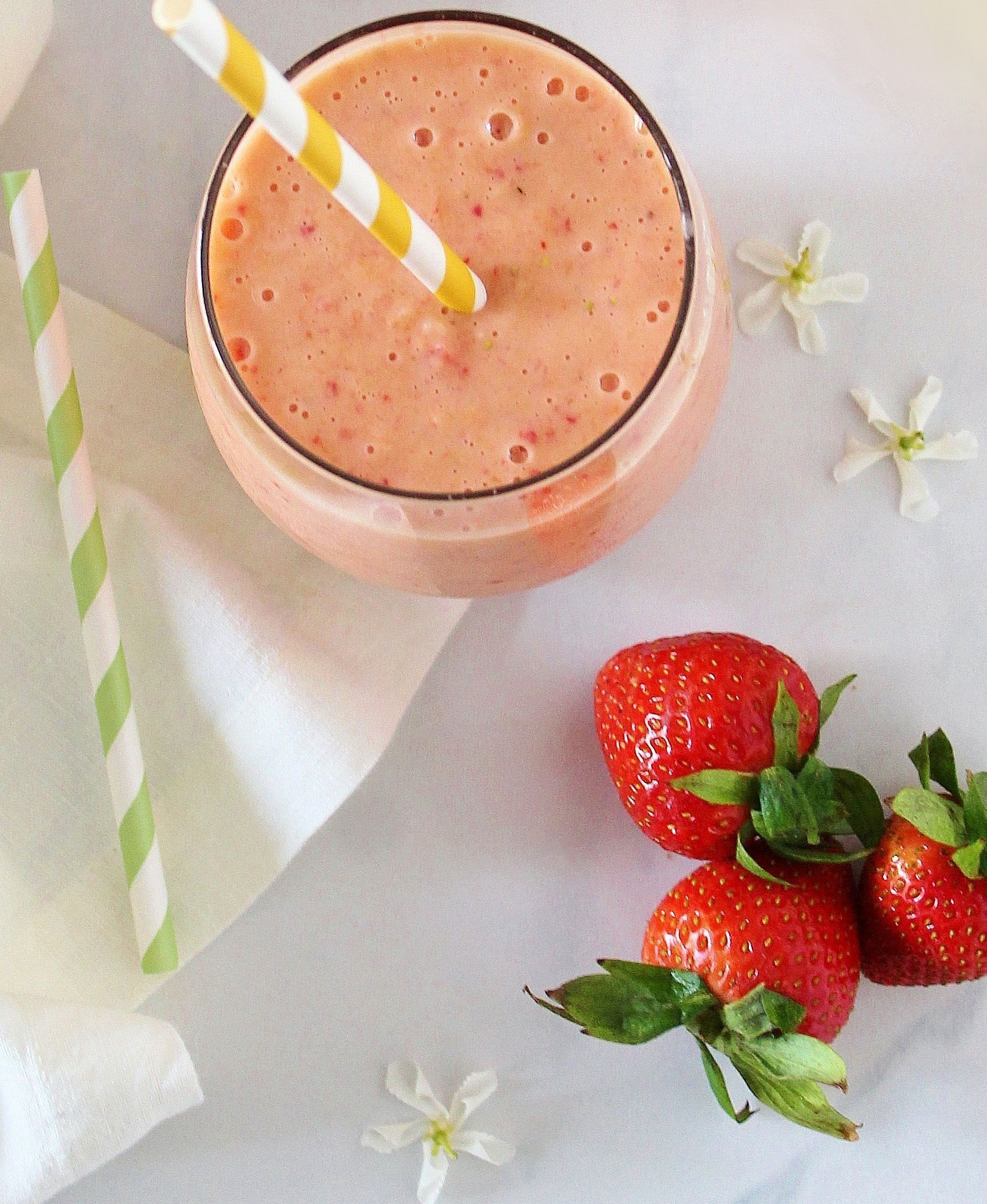 Afternoon Energizing Smoothie with Hemp & Cara Cara