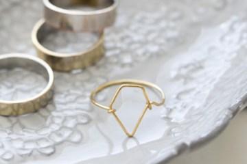 October Craft: gioielli fai da te di metallo