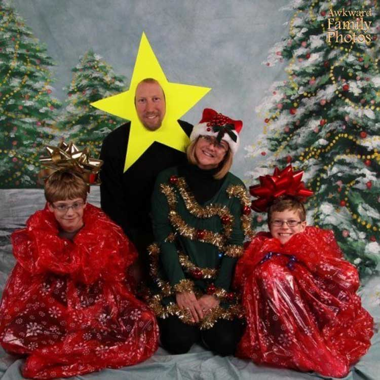 Awkward Family Photos For Christmas Inspire We Trust