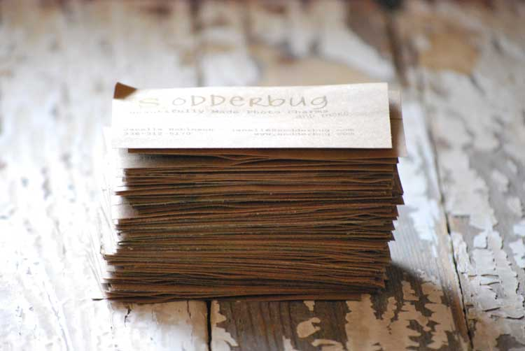 How to make your own business cards: recycles paper