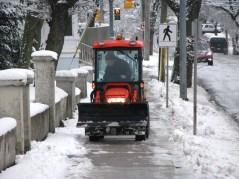 015 - footpath plow