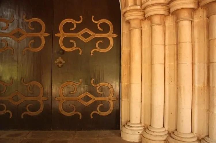 main door at afghan church 20 & More Things To Do In South Mumbai