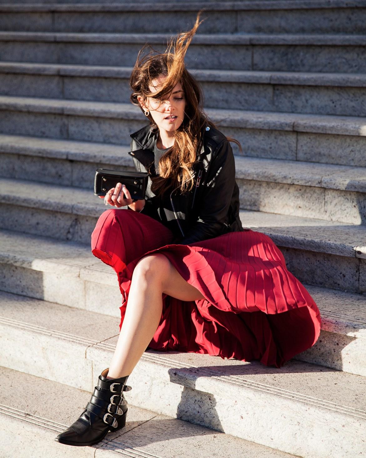 Inspiring Wit australian fashion blog red pleated skirt