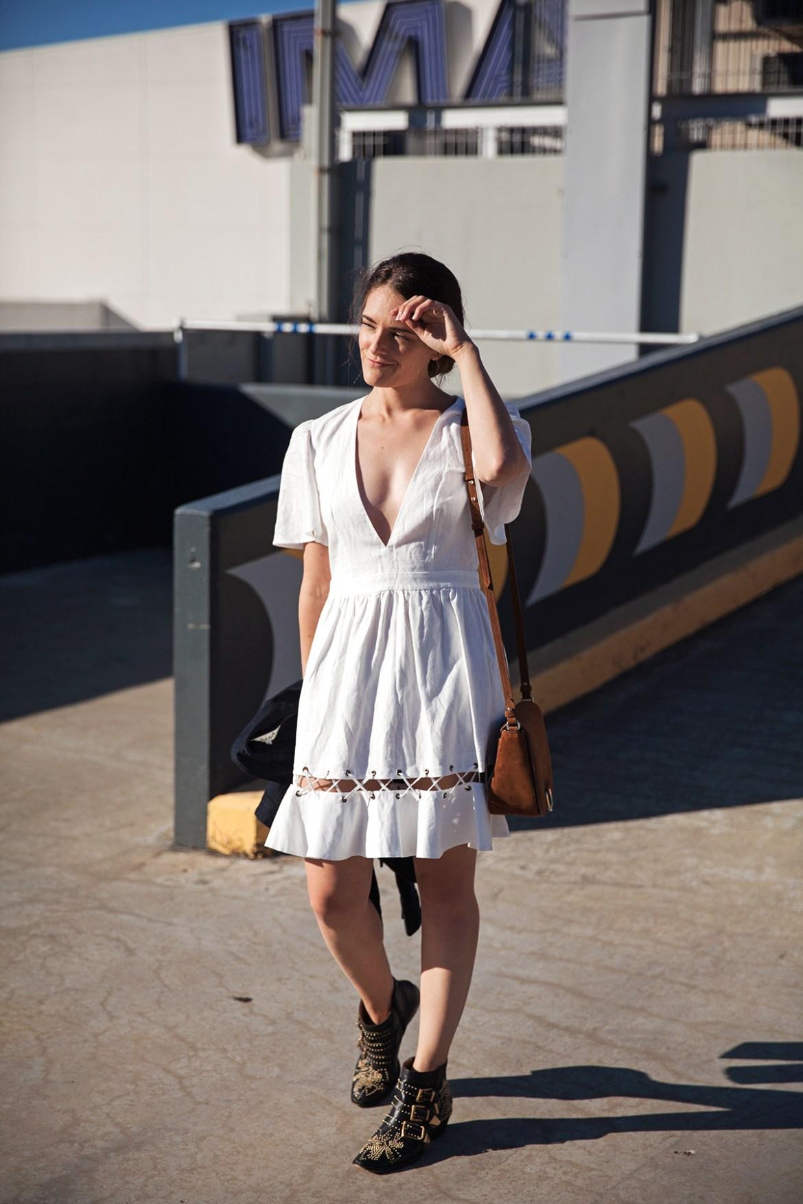The white summer dress how to style, Inspiring Wit, Australian fashion blogger in Isla Positano dress