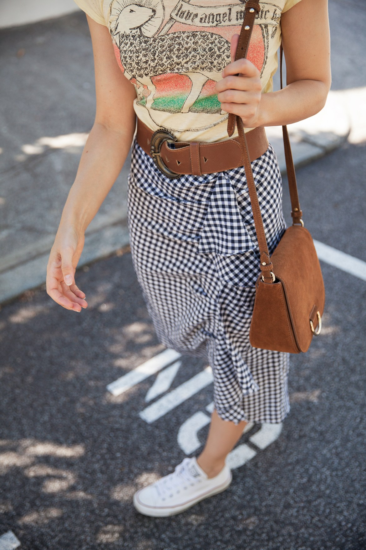 Inspiring Wit fashion blogger from Australia in Topshop gingham ruffle skirt for spring 2017 and suede Little Liffner bag