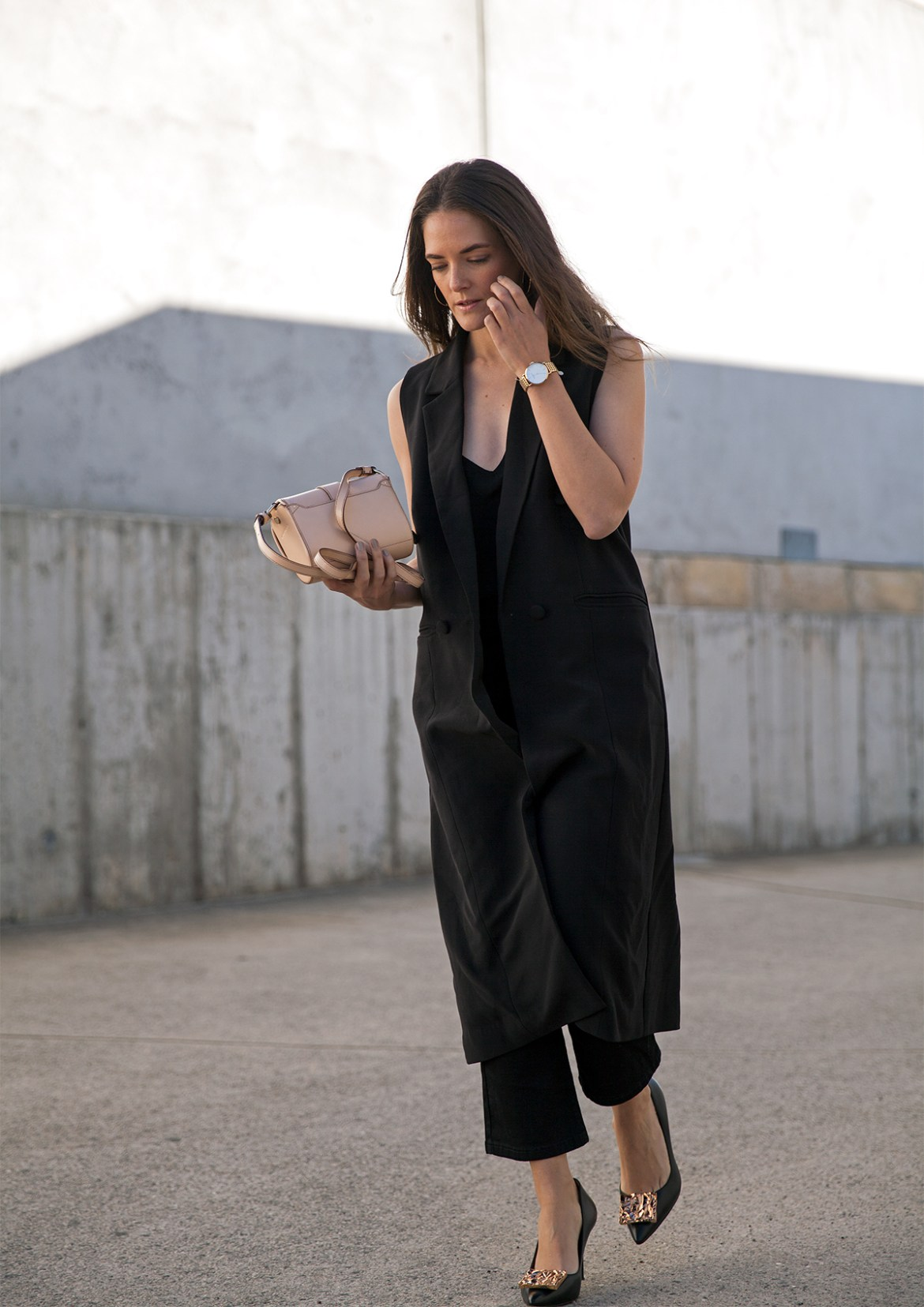 sleeveless coat BC the label Ari longline vest worn by fashion blogger Jenelle Witty from Inspiring Wit blog