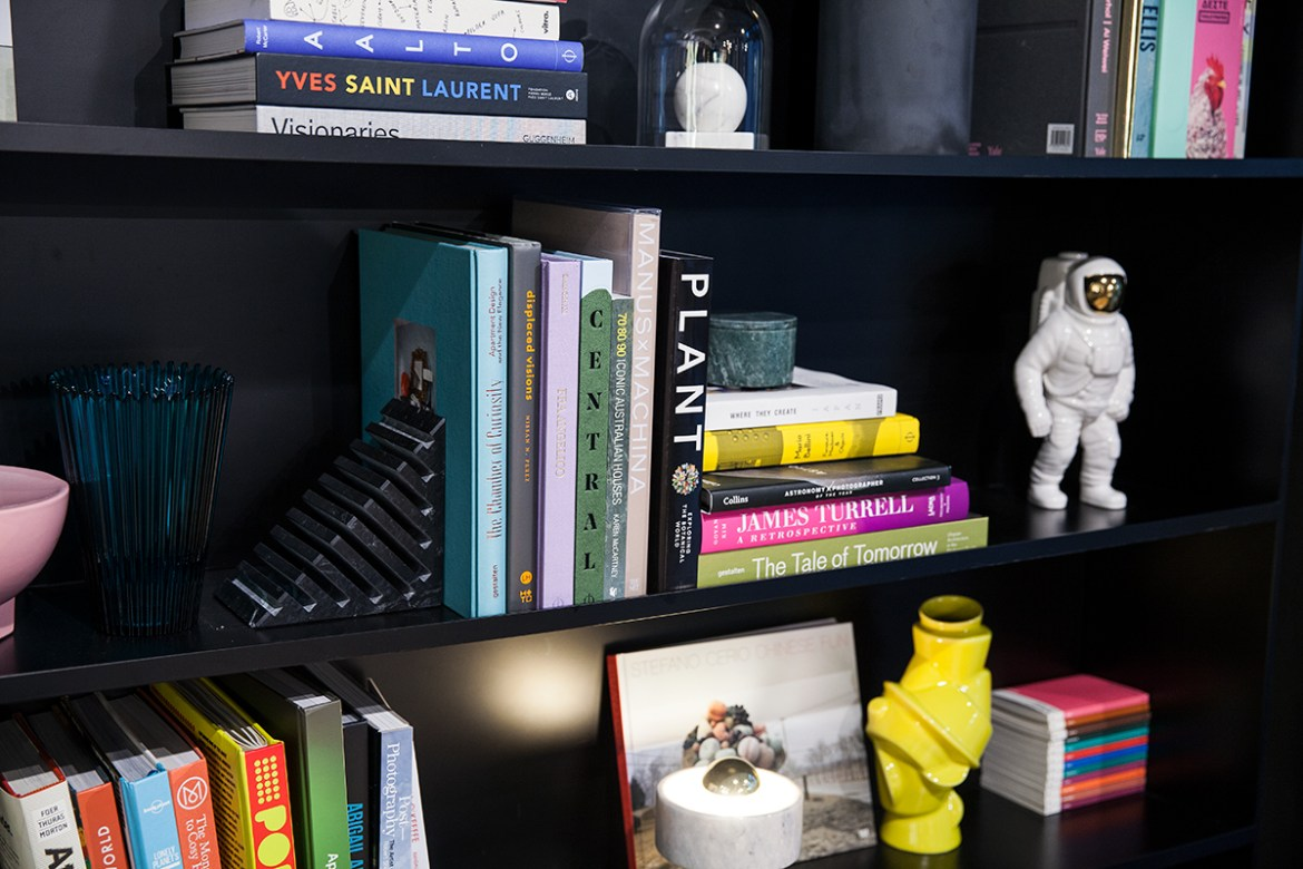 Tribe Hotel Perth, Bookshelves Jenelle from travel blog Inspiring Wit boutique hotel profile