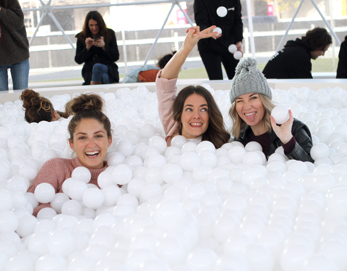 Mon Jenelle and Adelle Perth fashion bloggers at the Winter Fest ball pit city of Perth Inspiring Wit blogger Jenelle