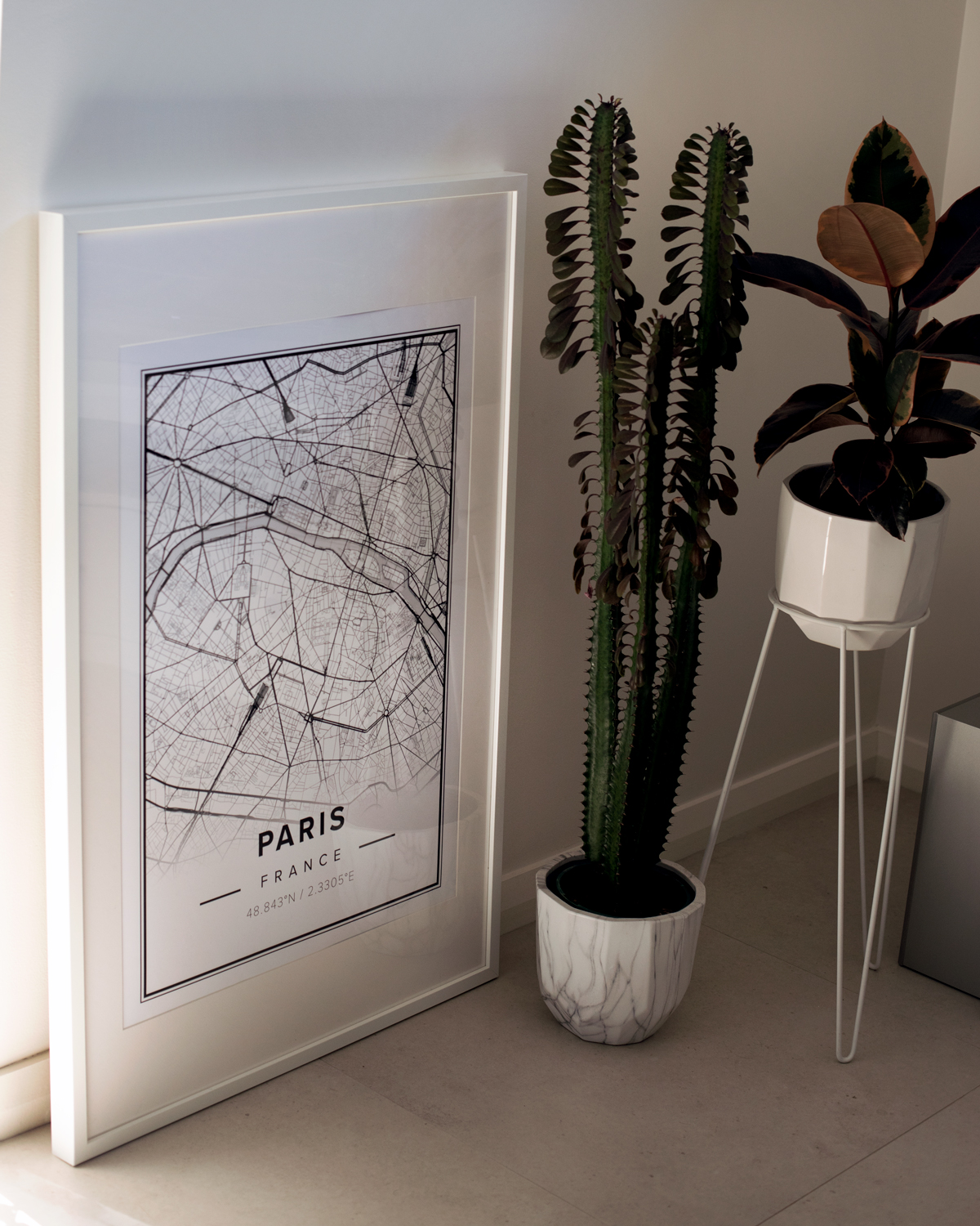 2018 Christmas gift guide Inspiring Wit blog featuring women's and lifestyle gift ideas Mapiful personalised map of Paris
