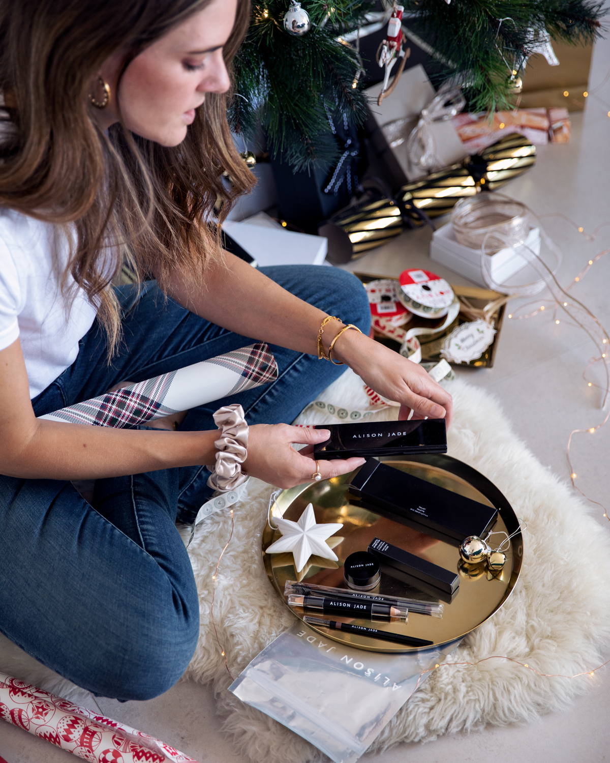 2018 Christmas gift guide Inspiring Wit blog featuring Perth gift ideas Alison Jade Cosmetics gift packs