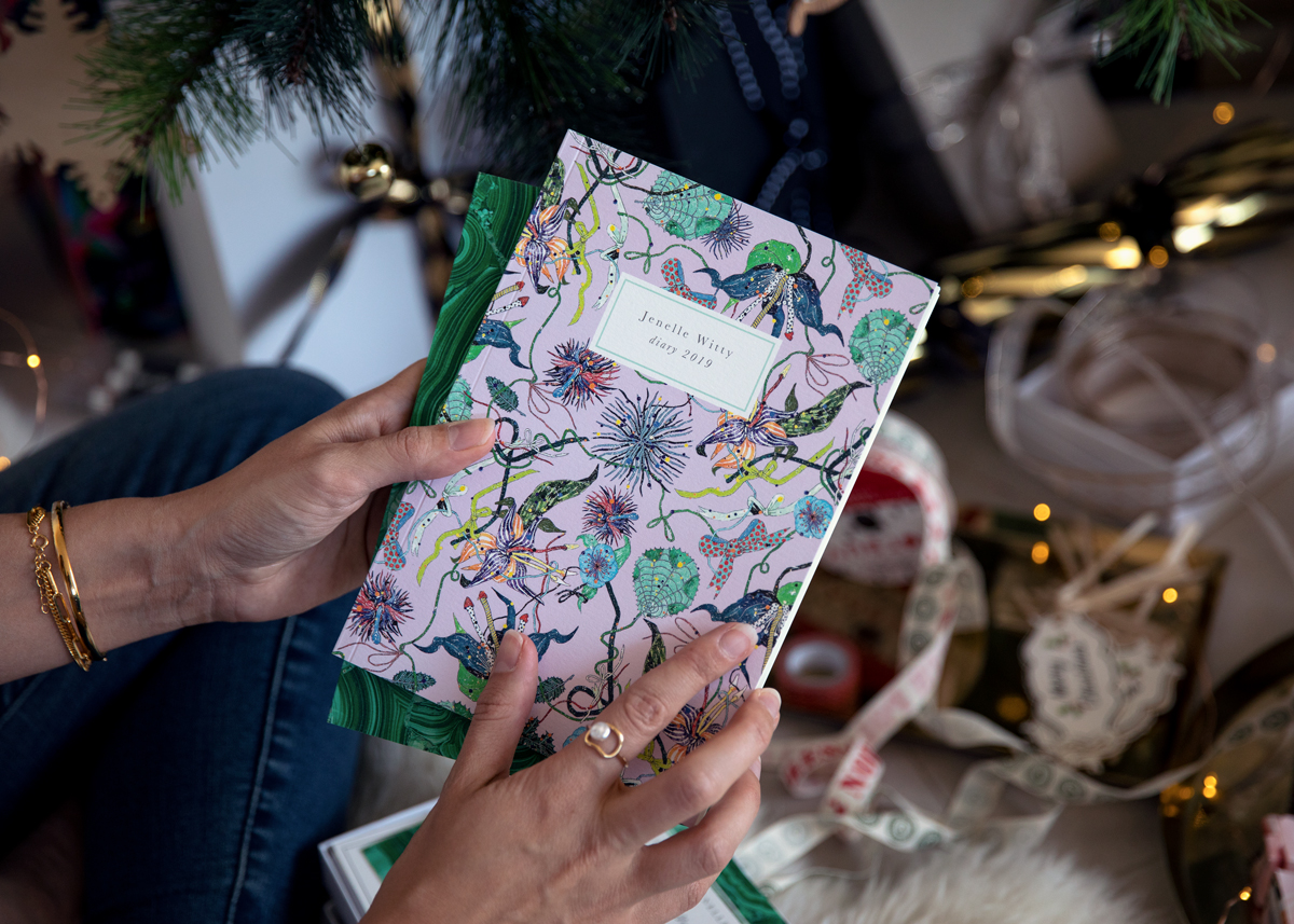 2018 Christmas gift guide Inspiring Wit blog featuring women's and lifestyle gift ideas for anyone with the Papier personalised 2019 diary collaboration with Australian fashion label Romance Was Born