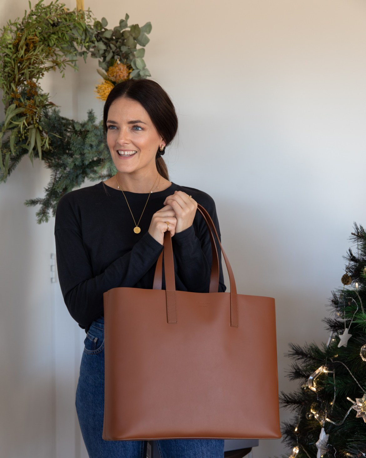 women's day market tote from Everlane