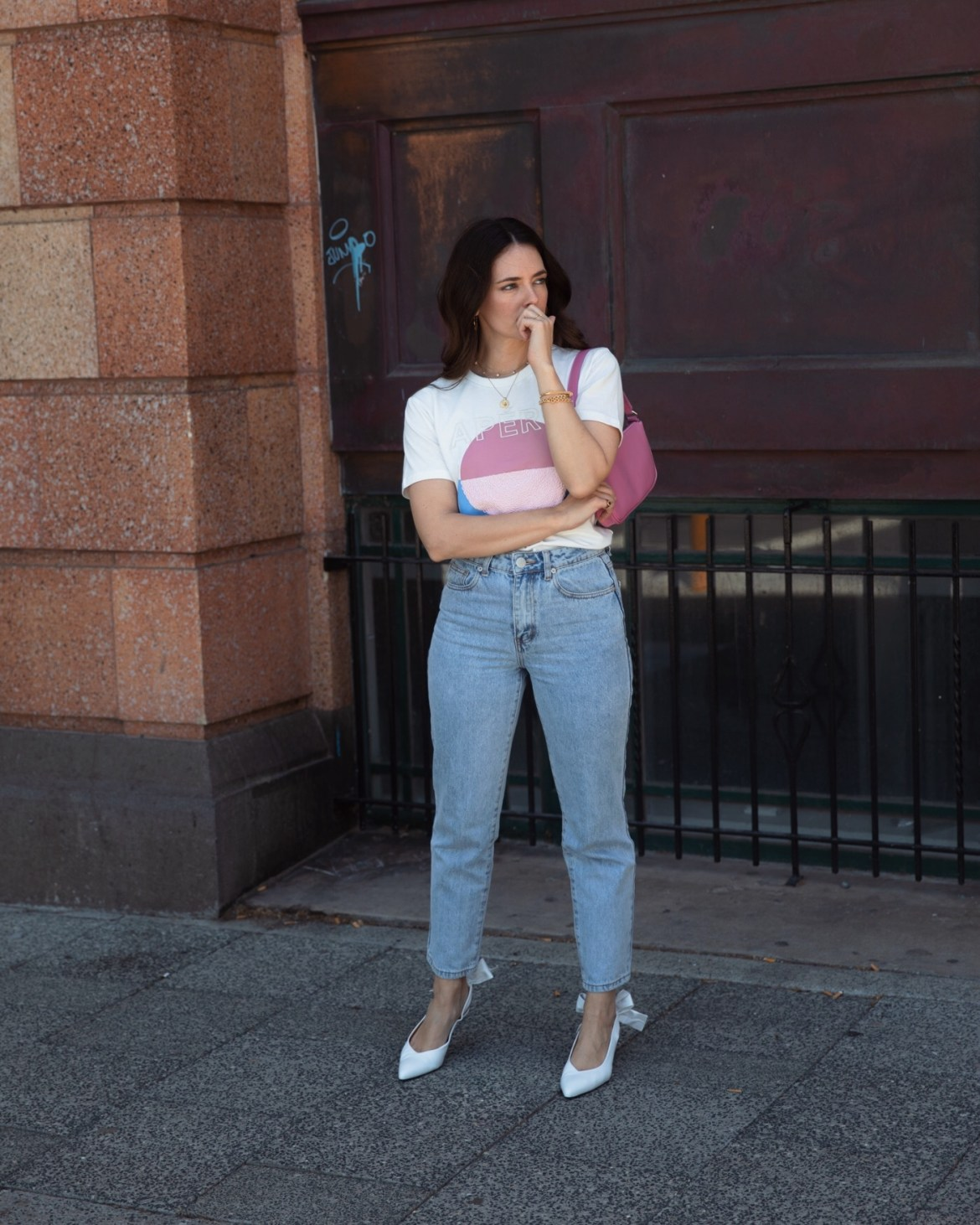 Denim jeans 90s style casual outfit idea