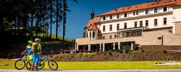 hotelacyklisti_slide