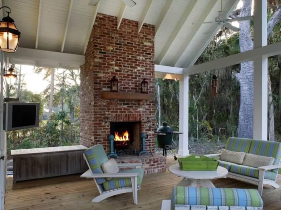 45 Beautiful Outdoor Fireplace Ideas   Install-It-Direct on Small Outdoor Fireplace Ideas id=40358