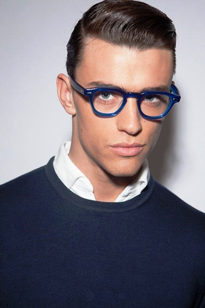 20 Classy Men Wearing Glasses Ideas For You To Get