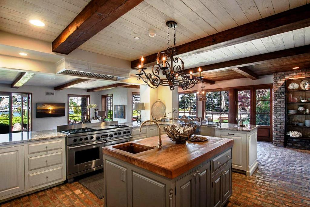 20 Adorable Craftsman Kitchen Design And Ideas For You ... on Kitchen Remodel Ideas  id=21488