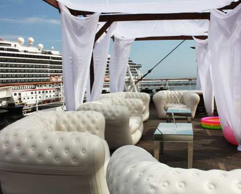Chest air inflatable furniture at queen mary event